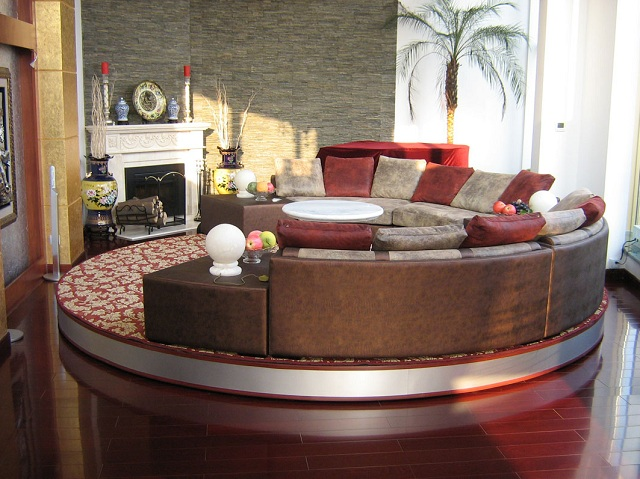 revolving stage of living room